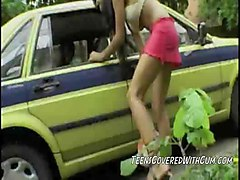 Teen Hooker Loren Picks Up A Trick For A Blowjob